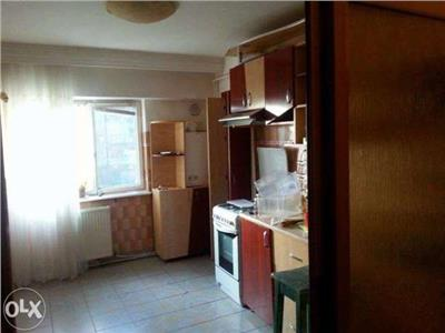 Apartament 4 decomandate, etaj 2, zona ultracentrala